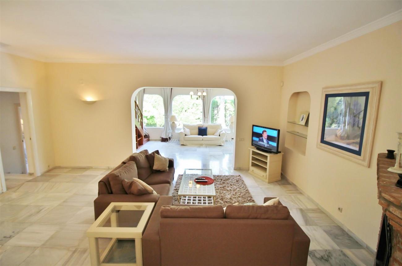 Elegant Villa For Sale Nueva Andalucia Marbella Spain (14) (Large)