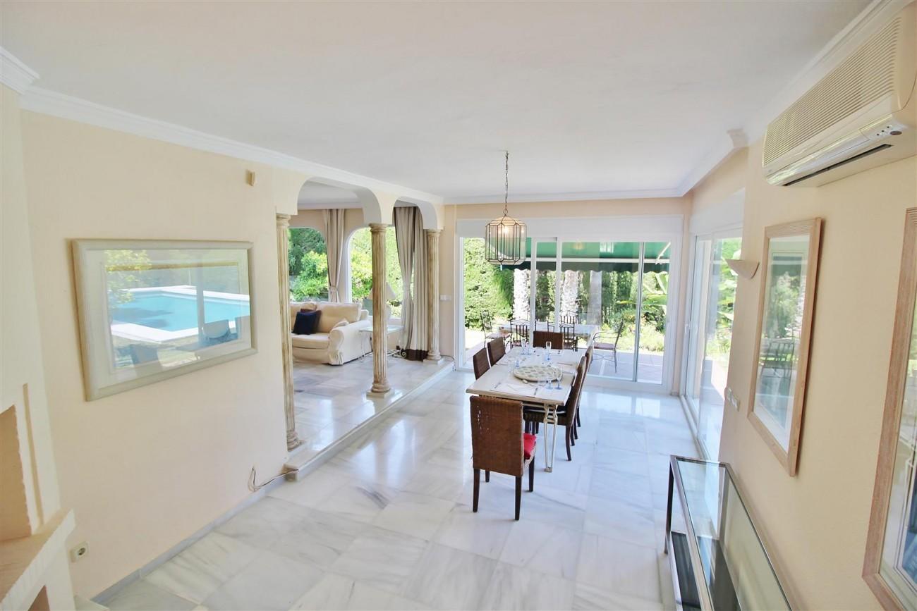 Elegant Villa For Sale Nueva Andalucia Marbella Spain (19) (Large)