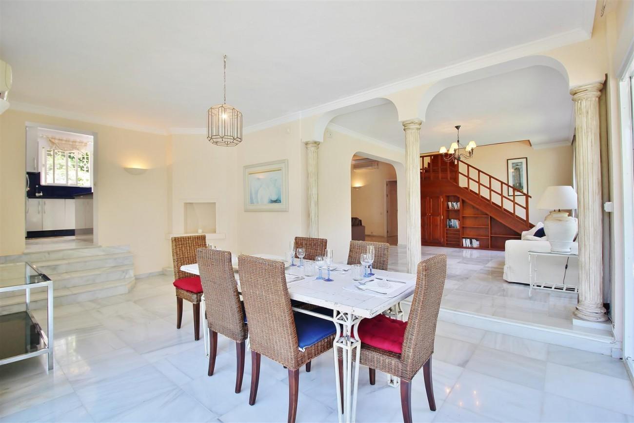 Elegant Villa For Sale Nueva Andalucia Marbella Spain (22) (Large)