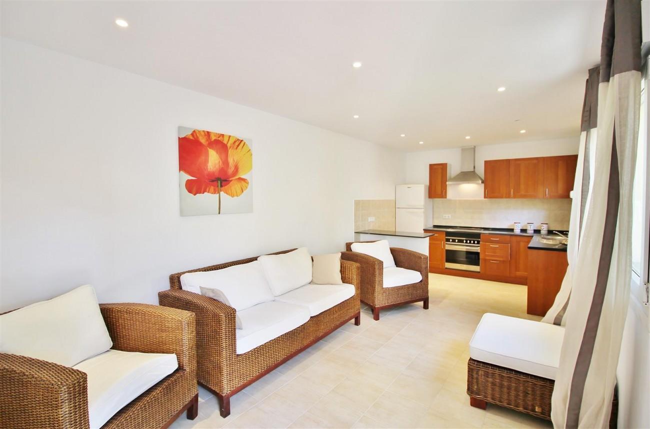 Elegant Villa For Sale Nueva Andalucia Marbella Spain (40) (Large)