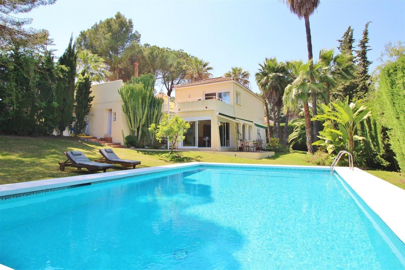 Elegant Villa For Sale Nueva Andalucia Marbella Spain (48) (Large)