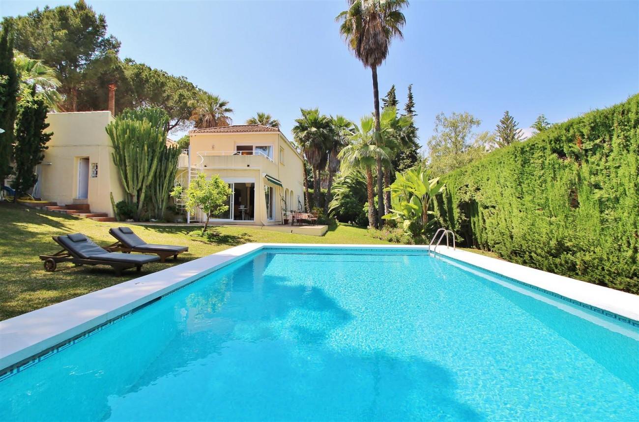 Elegant Villa For Sale Nueva Andalucia Marbella Spain (51) (Large)