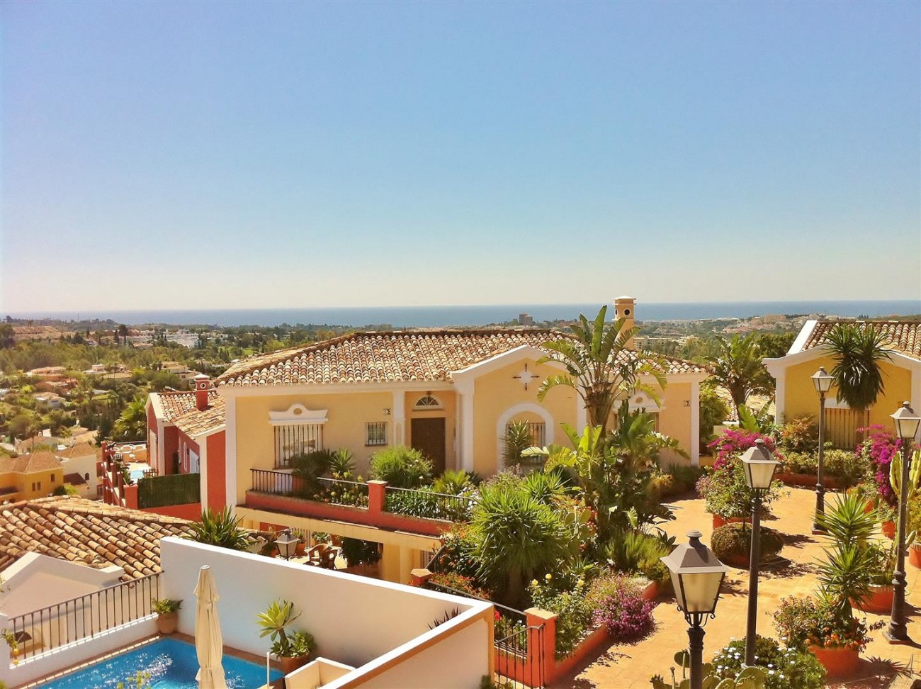 V5019 Villa in Nueva Andalucia Marbella Spain (3)