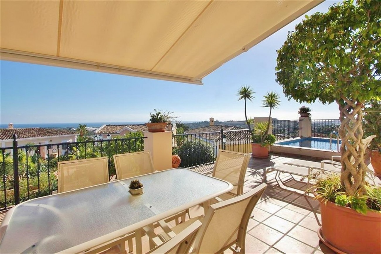 V5019 Villa in Nueva Andalucia Marbella Spain (6)