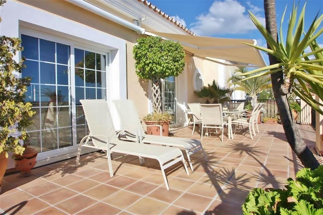 V5019 Villa in Nueva Andalucia Marbella Spain (7)