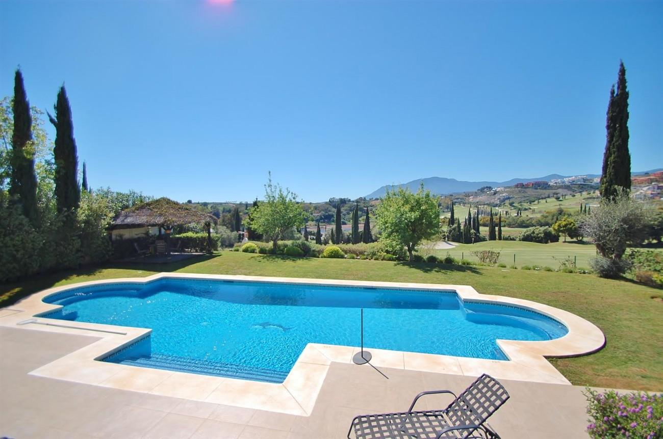 Luxury Frontline Golf Villa For Sale Benahavis Spain (3)