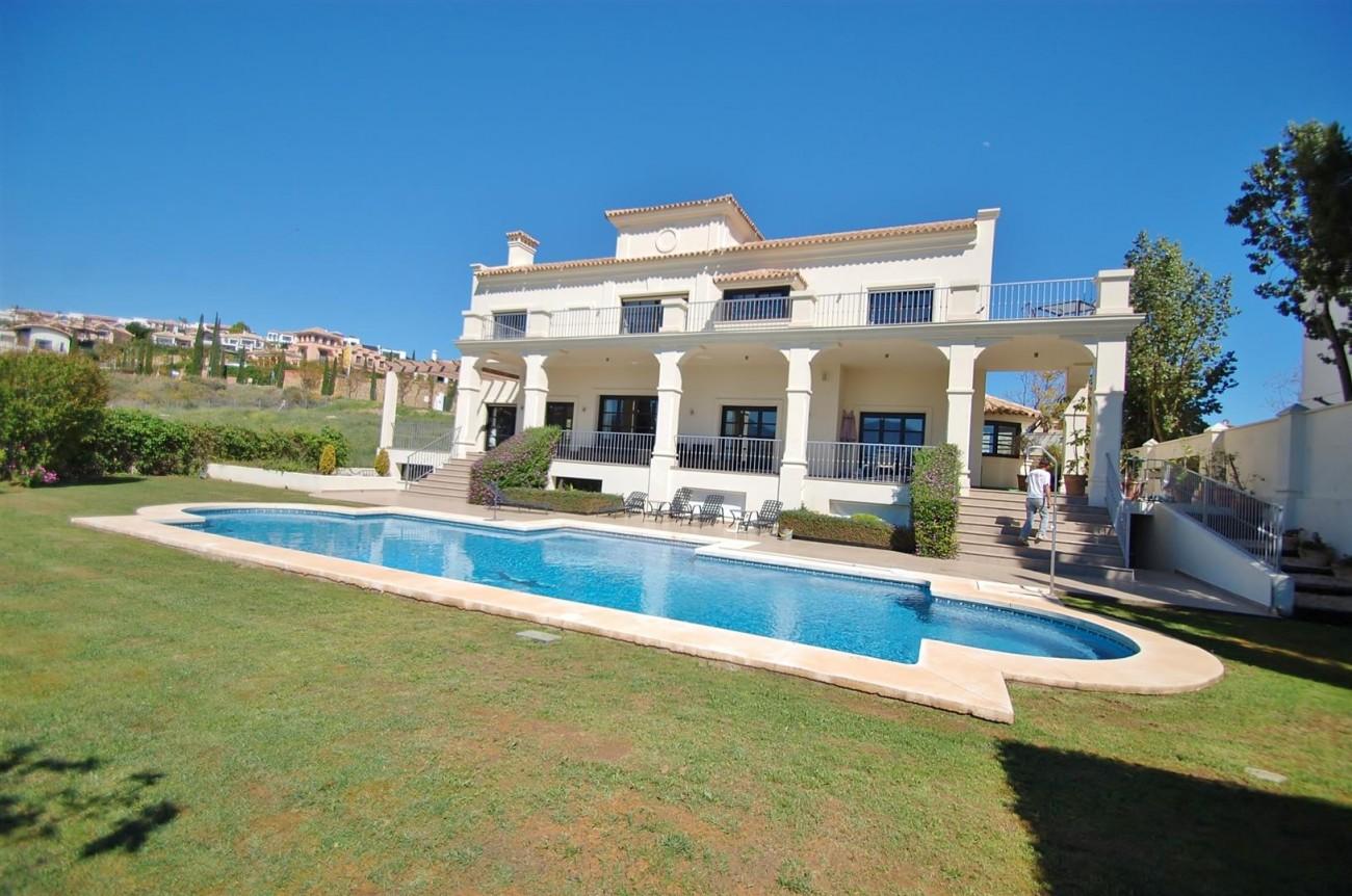 Luxury Frontline Golf Villa For Sale Benahavis Spain (4)