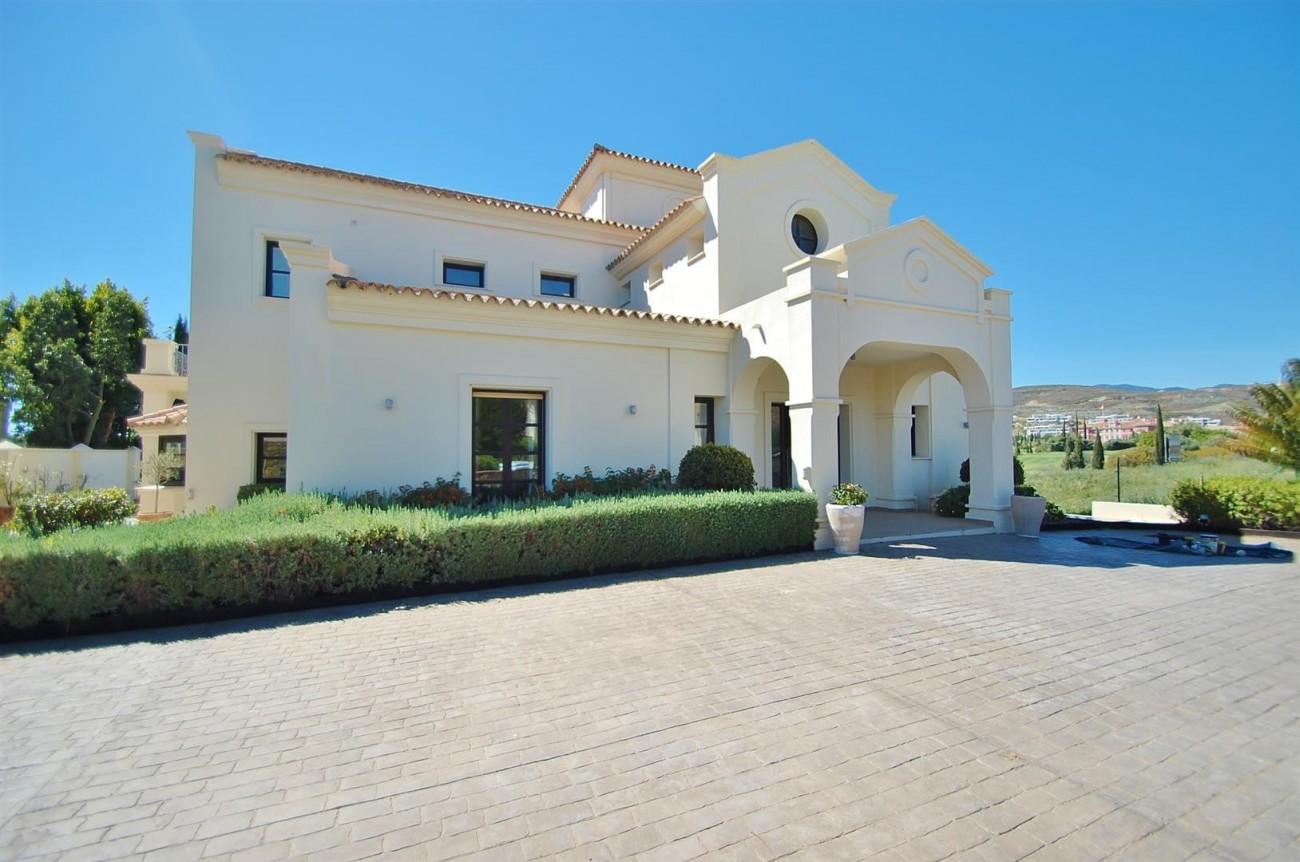 Luxury Frontline Golf Villa For Sale Benahavis Spain (5)
