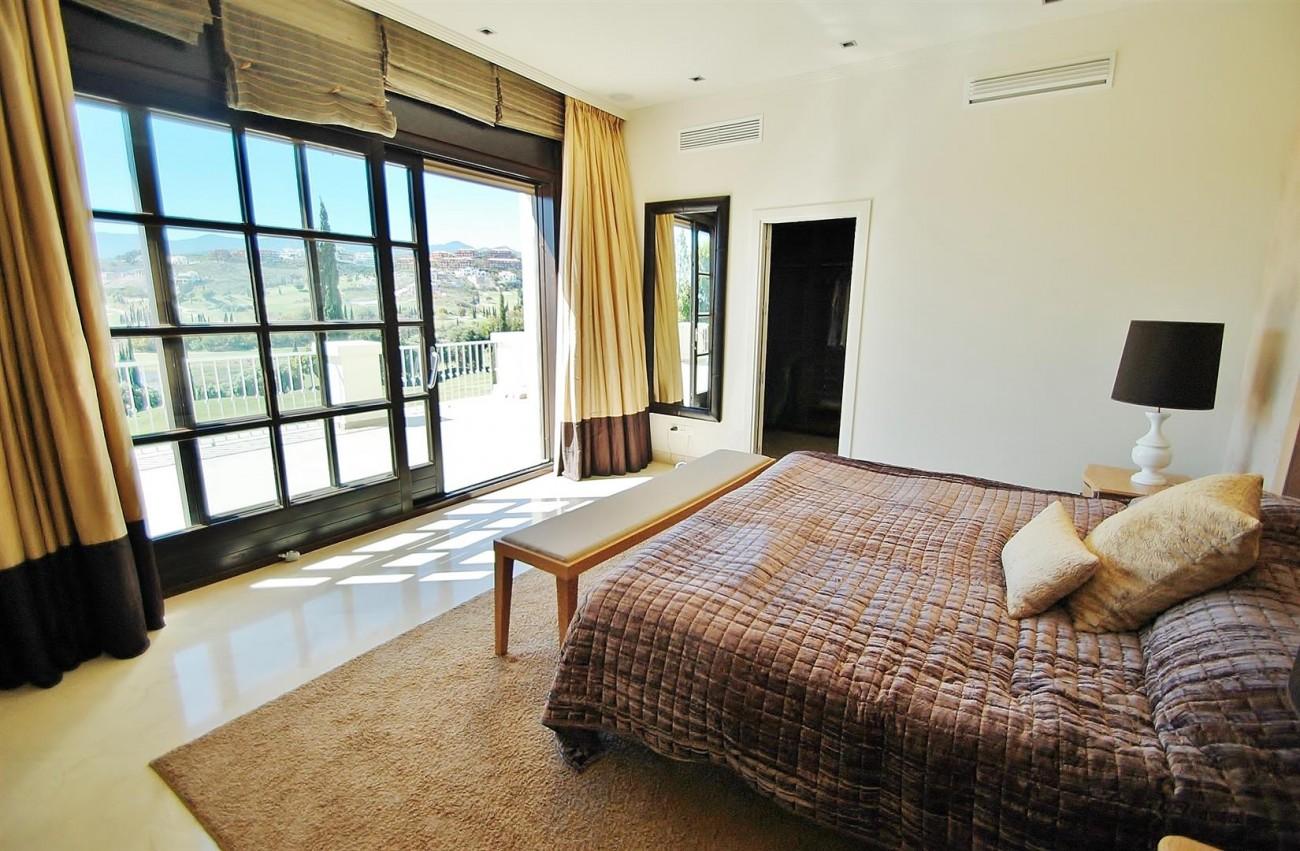 Luxury Frontline Golf Villa For Sale Benahavis Spain (14)