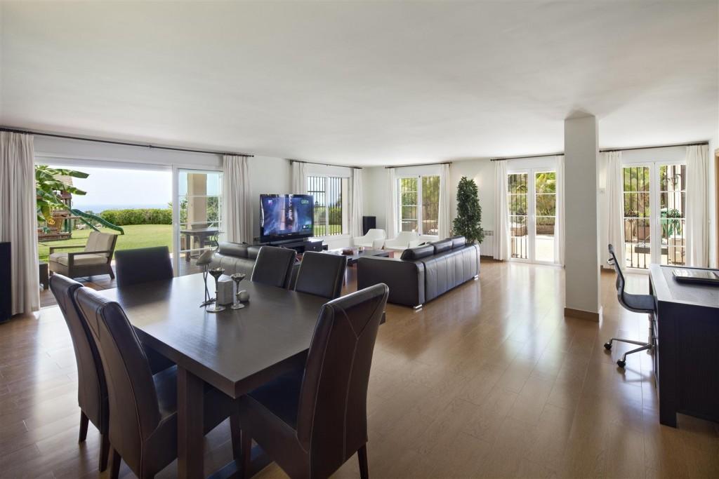 V5126 Villa with Sea Views East Marbella (4)