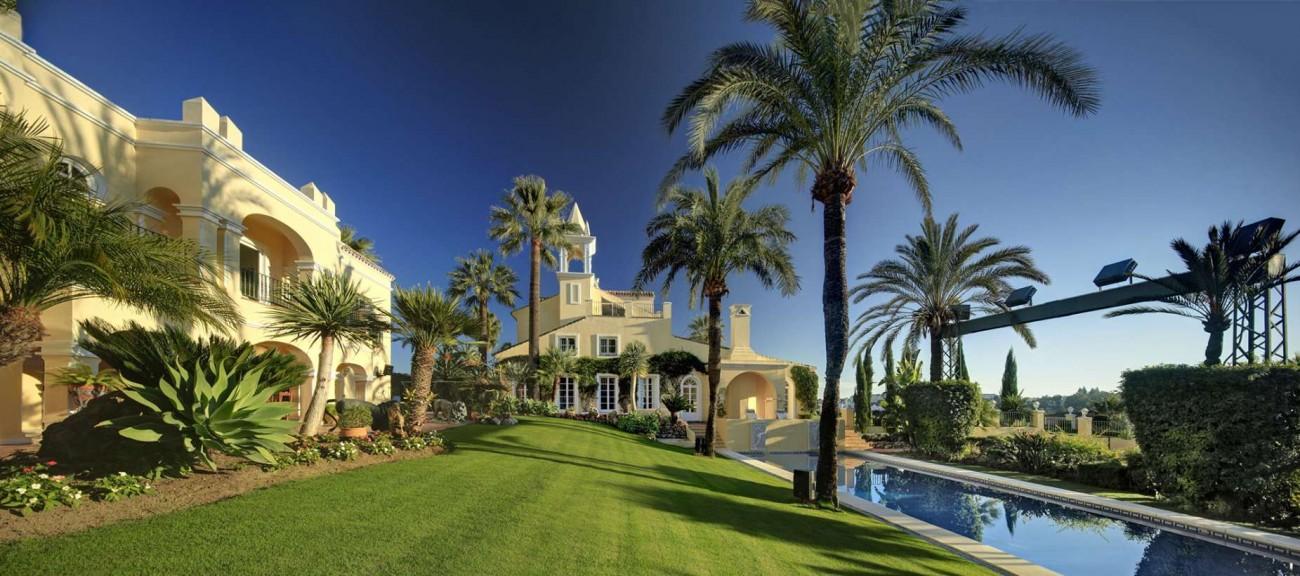 V5122 Villa Nueva Andalucia 13