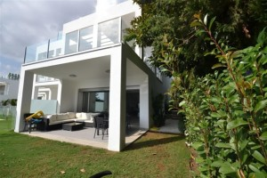 Modern House For Sale In Sierra Blanca, Marbella