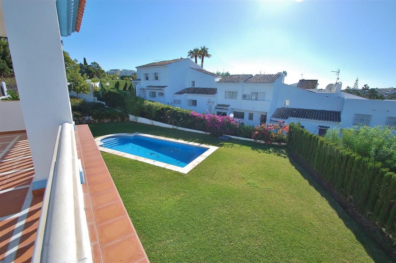 V5215 Villa Nueva Andalucia (16) (Large)