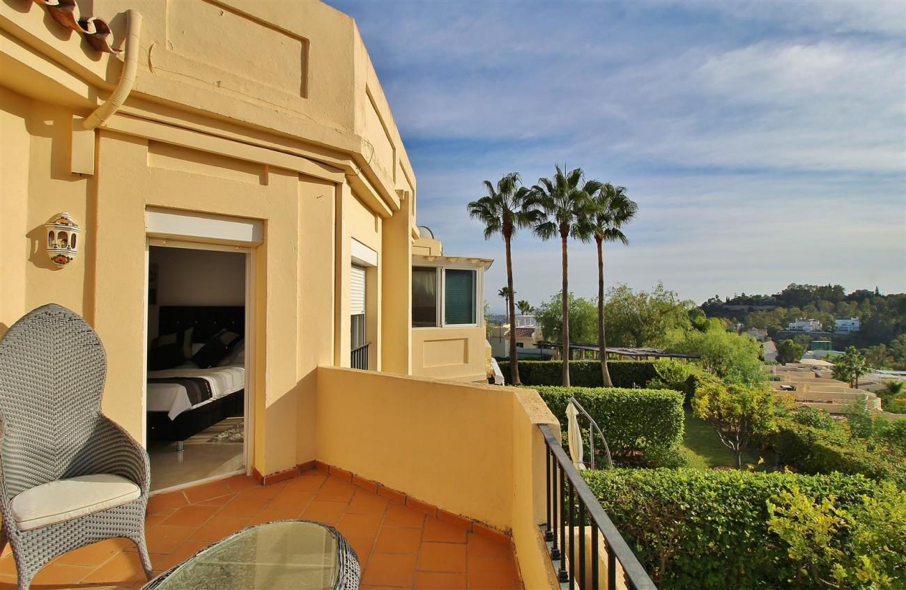 Townhouse for sale La Quinta Golf Benahavis Spain (17) (Large)