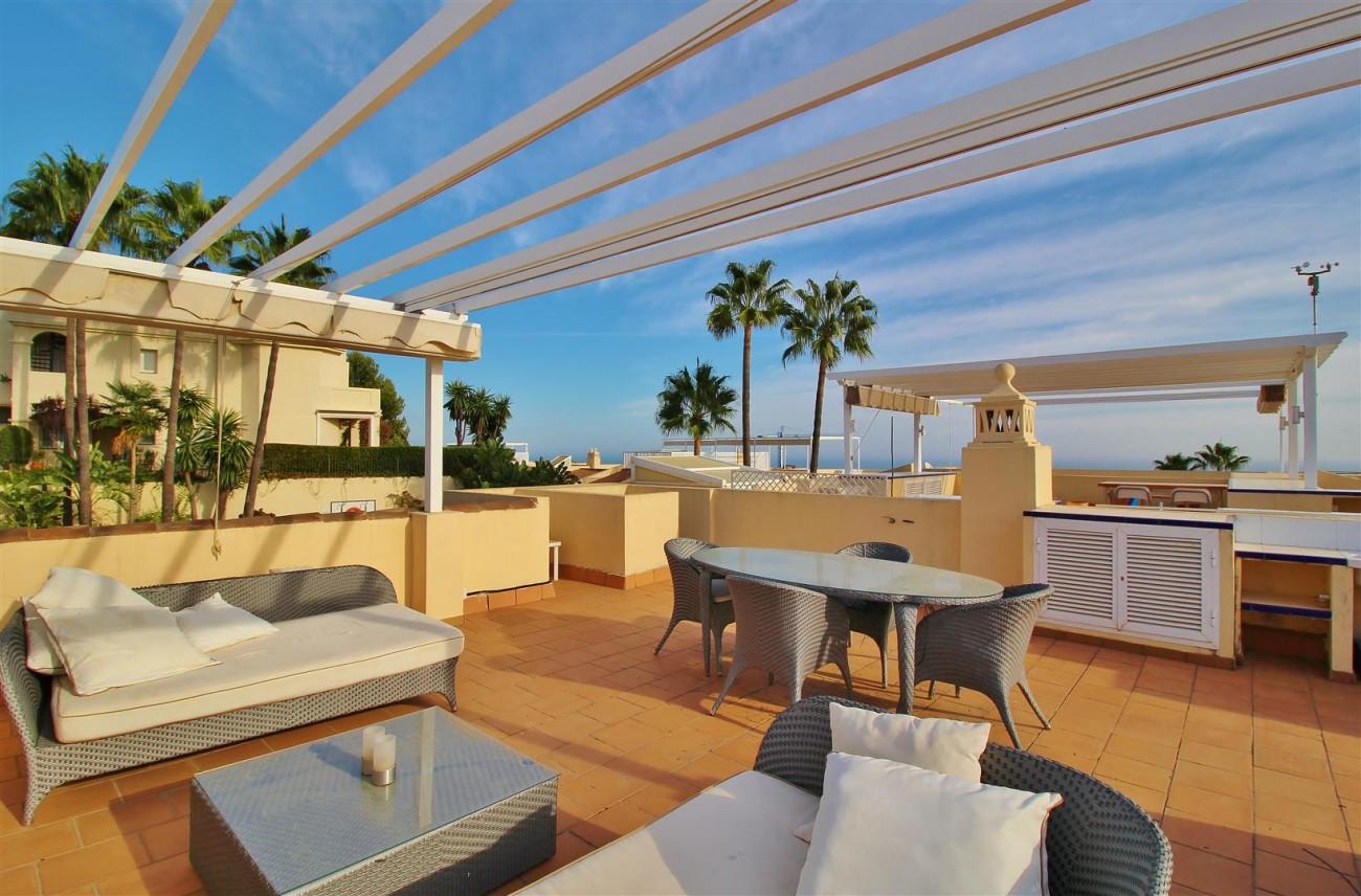 Townhouse for sale La Quinta Golf Benahavis Spain (19) (Large)