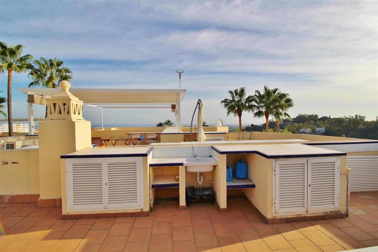 Townhouse for sale La Quinta Golf Benahavis Spain (23) (Large)