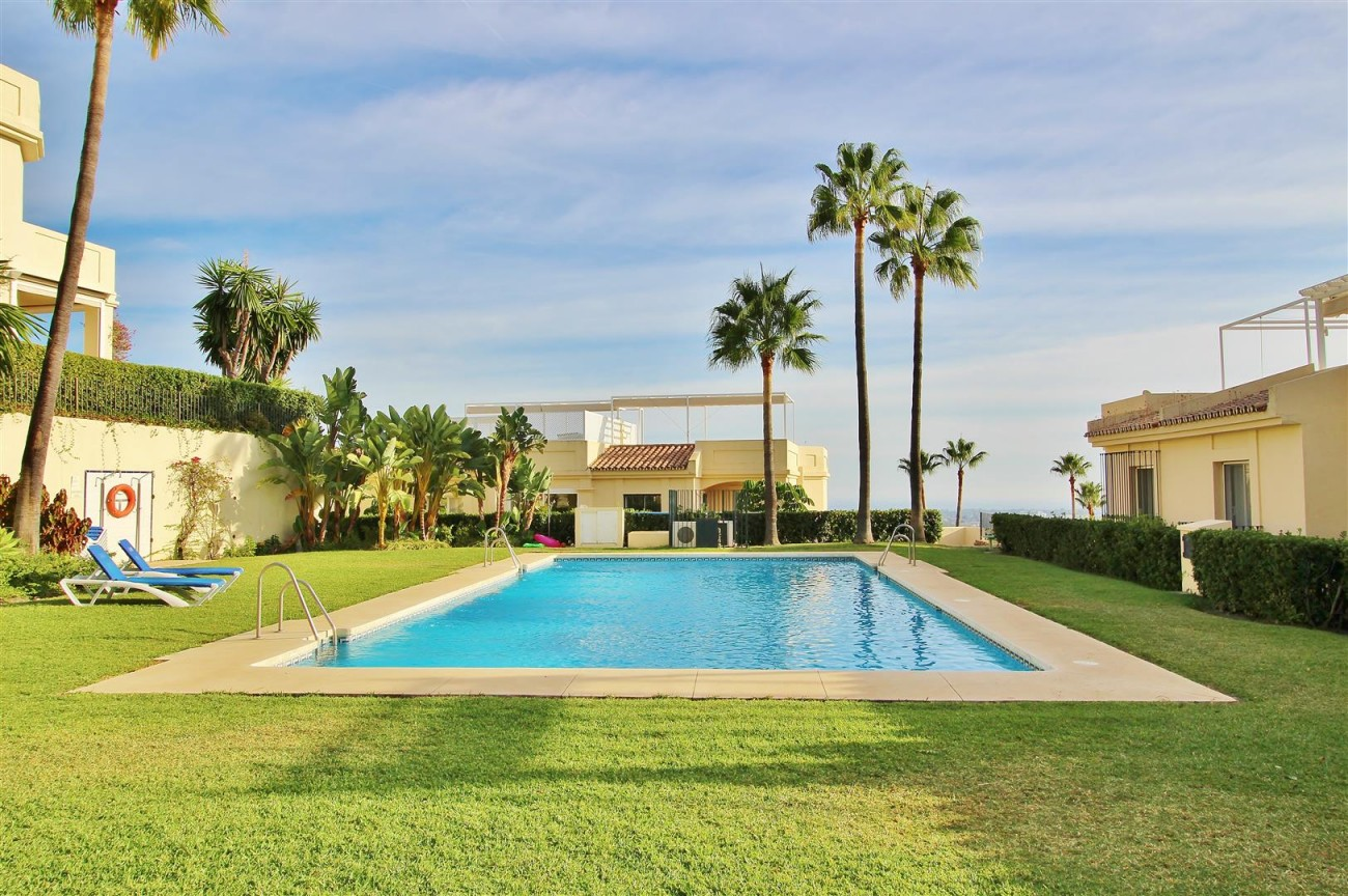 Townhouse for sale La Quinta Golf Benahavis Spain (31) (Large)
