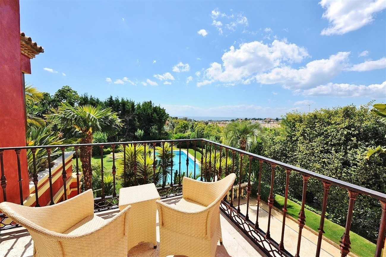 V5239 Luxury Villa Marbella Golden Mile  (2) (Large)