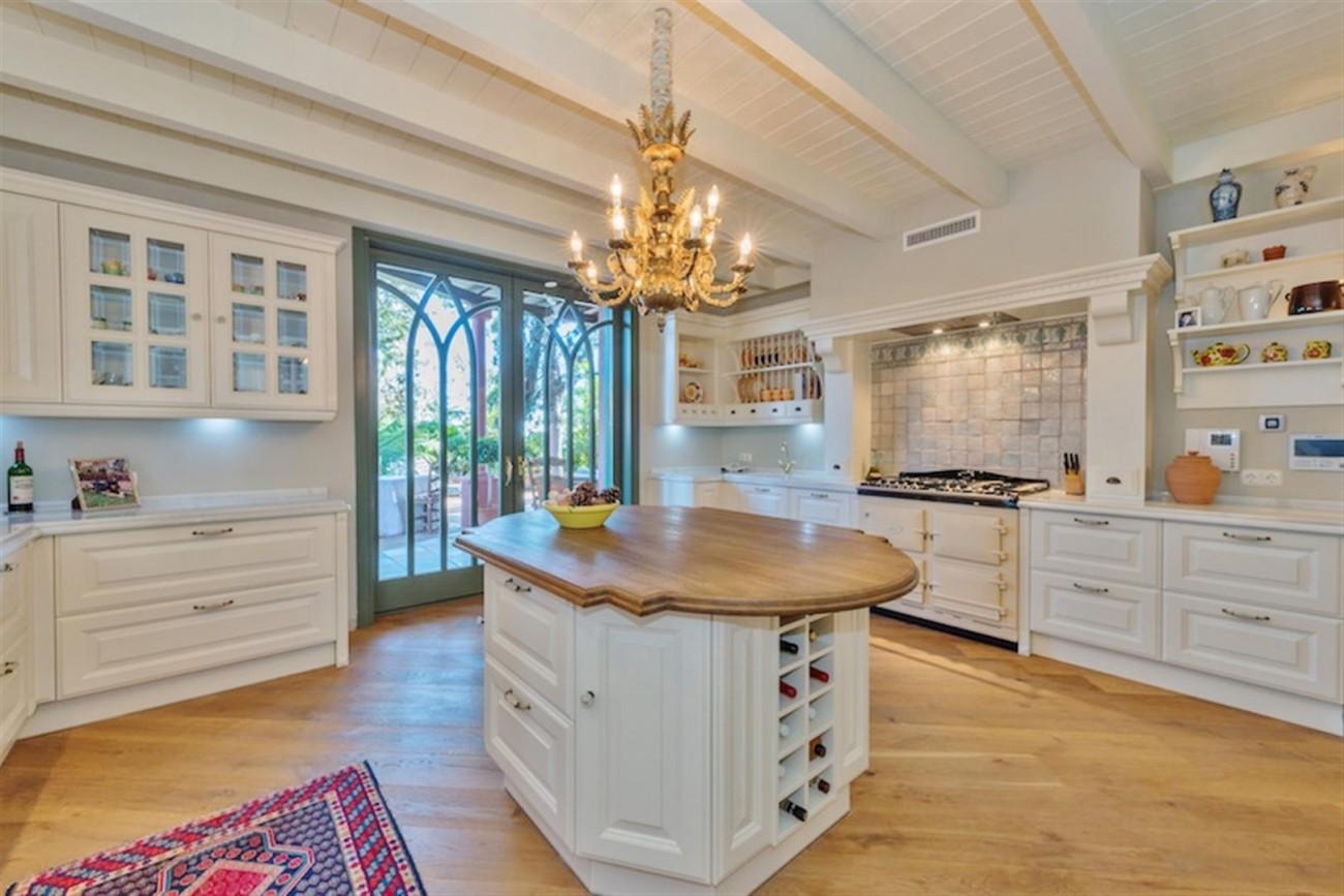 V5254 Luxury Villa Marbella 4 (Large)