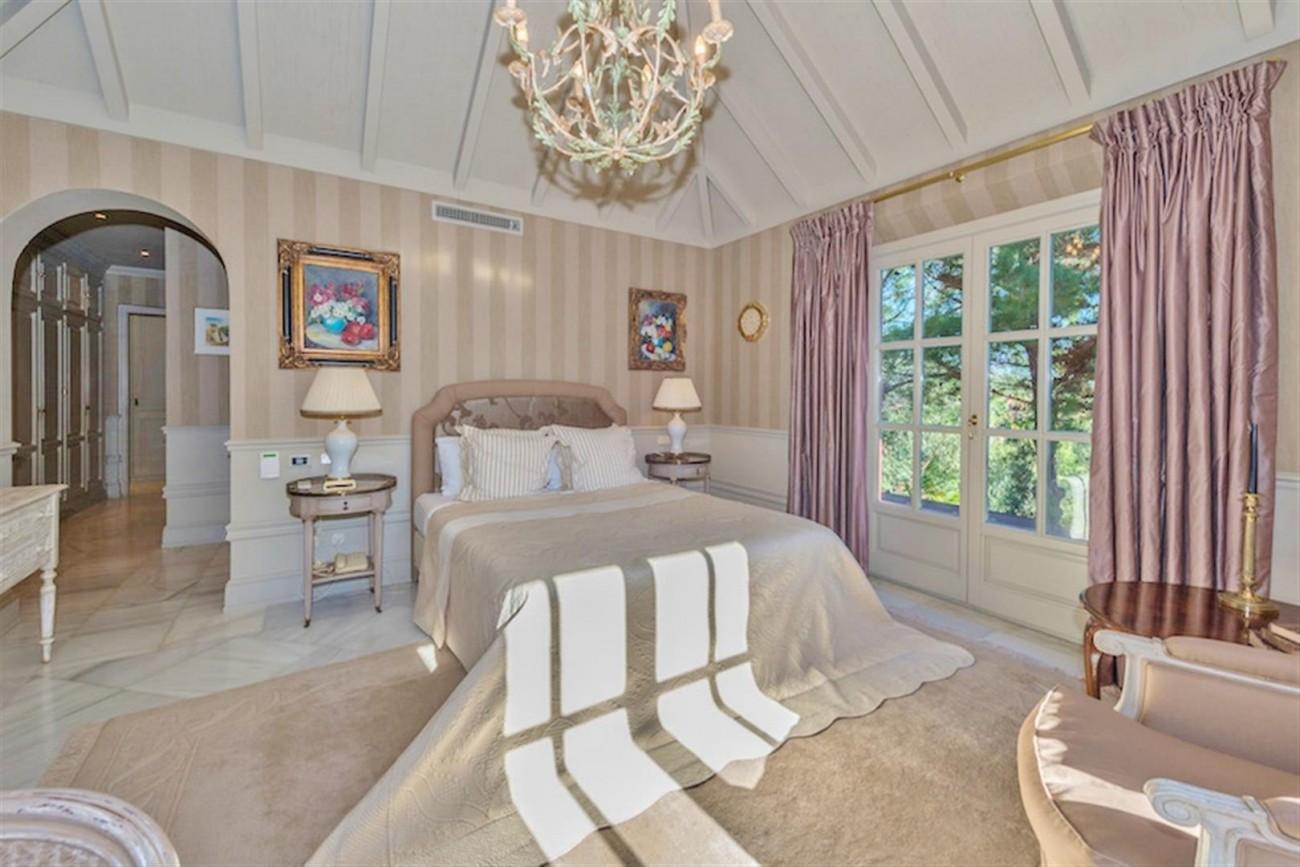 V5254 Luxury Villa Marbella 5 (Large)