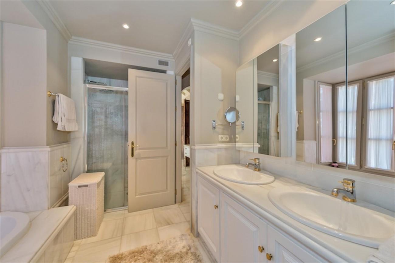 V5254 Luxury Villa Marbella 7 (Large)