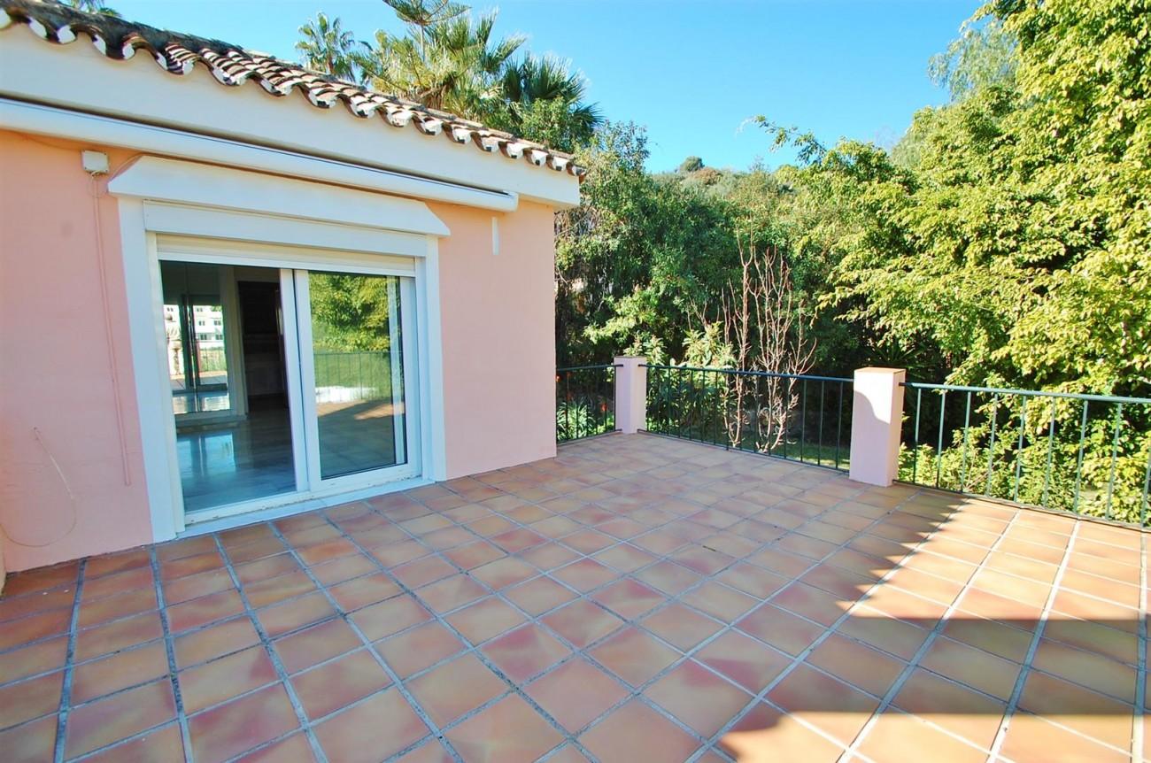 V5263 Villa Nueva Andalucia 14 (Large)