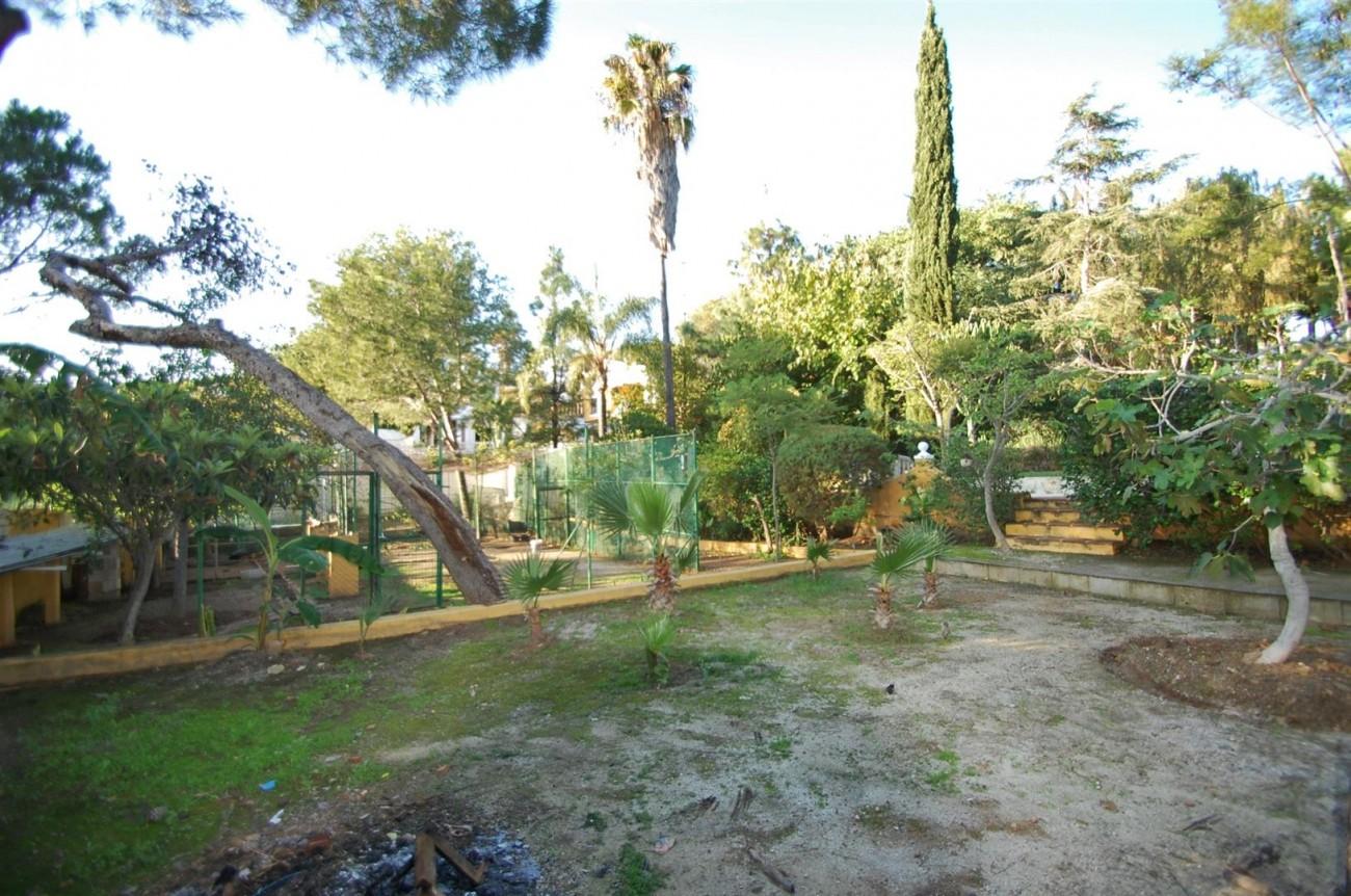 P5264 Plot Elviria East Marbella (4) (Large)
