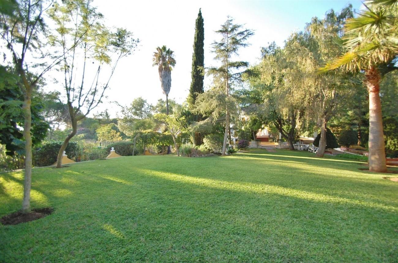 P5264 Plot Elviria East Marbella (6) (Large)