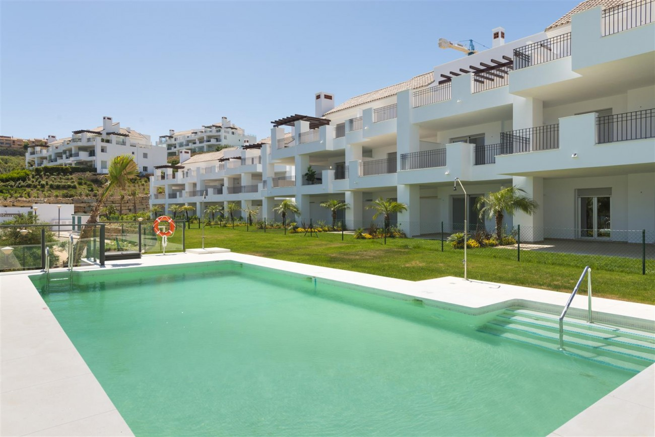 New Apartments for sale Elviria Hills Malaga Spain (4) (Large)