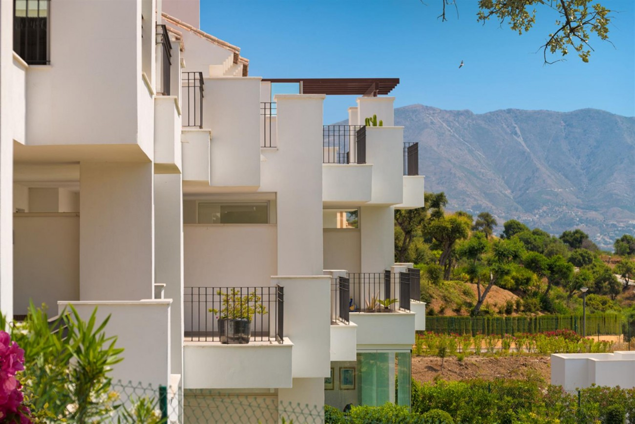 New Apartments for sale Elviria Hills Malaga Spain (12) (Large)