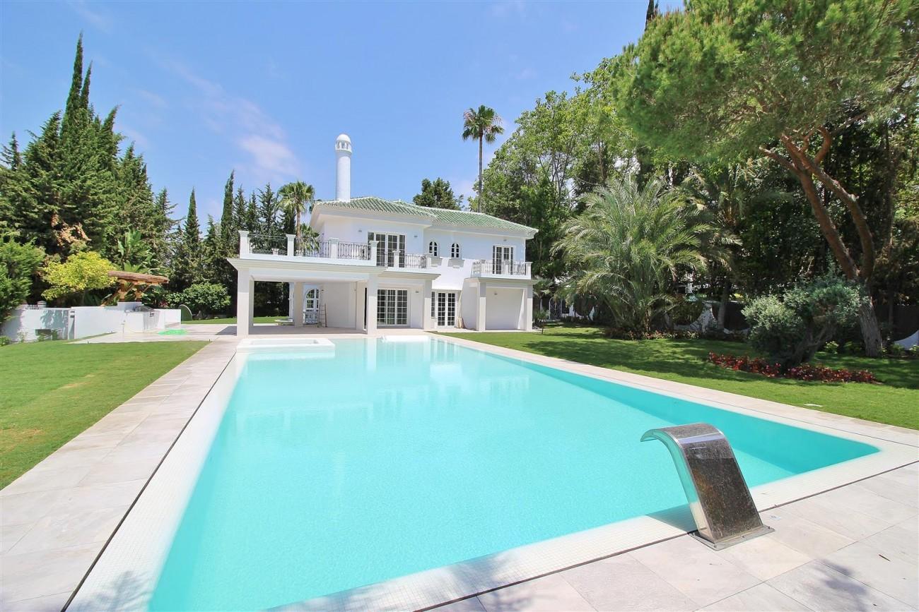 V5271 Luxury Villa for sale in Nueva Andalucia Marbella Spain (1)