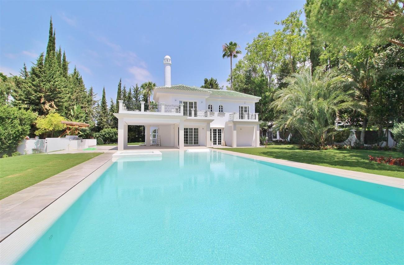 V5271 Luxury Villa for sale in Nueva Andalucia Marbella Spain (2)