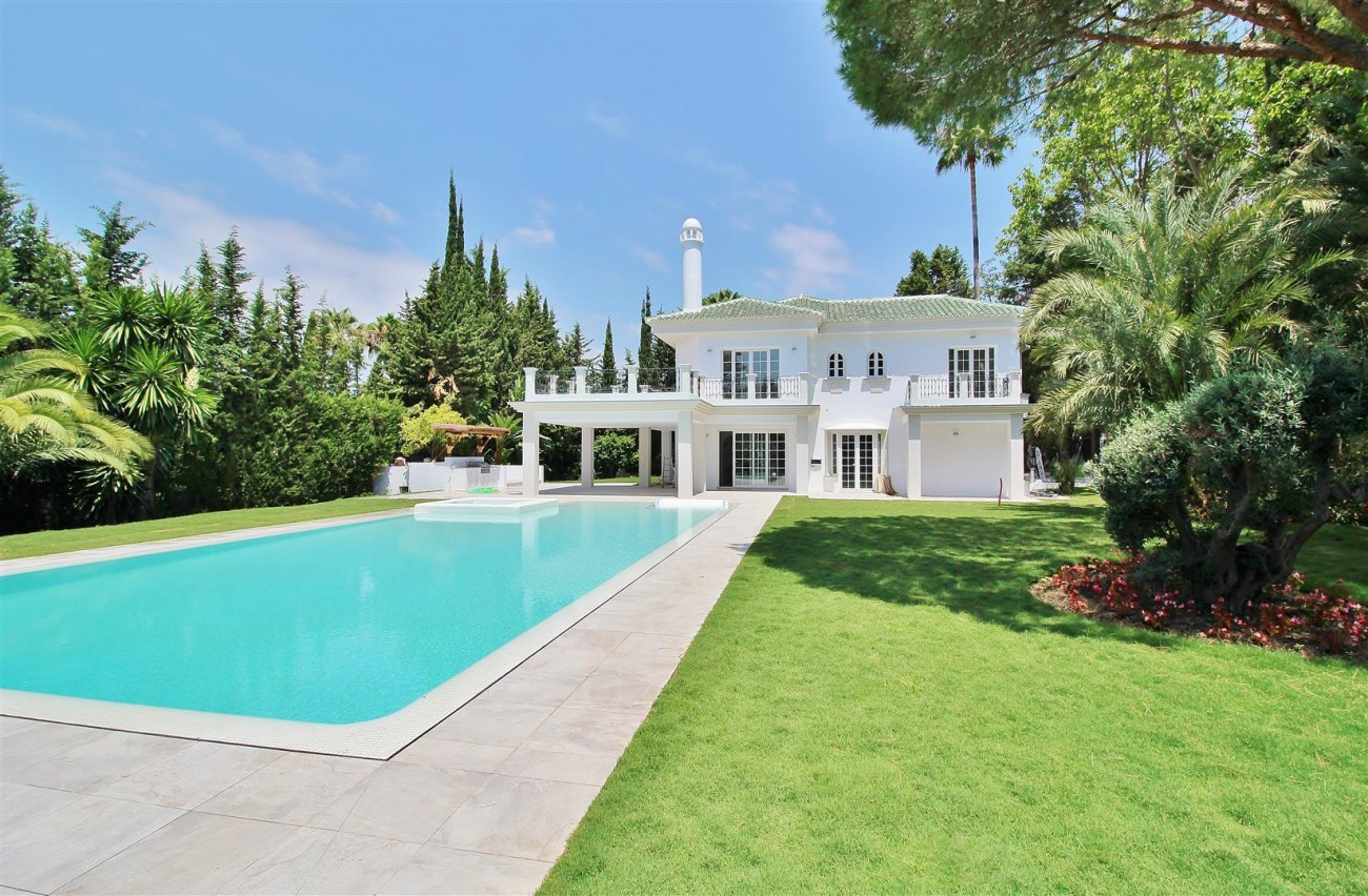 V5271 Luxury Villa for sale in Nueva Andalucia Marbella Spain (3)