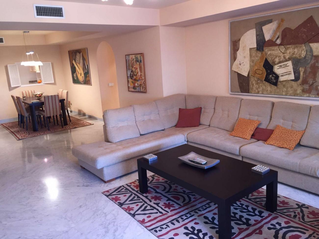 A5274 Apartment in Puerto Banus 2