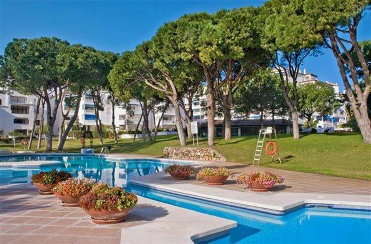 A5274 Apartment in Puerto Banus 1 (Large)