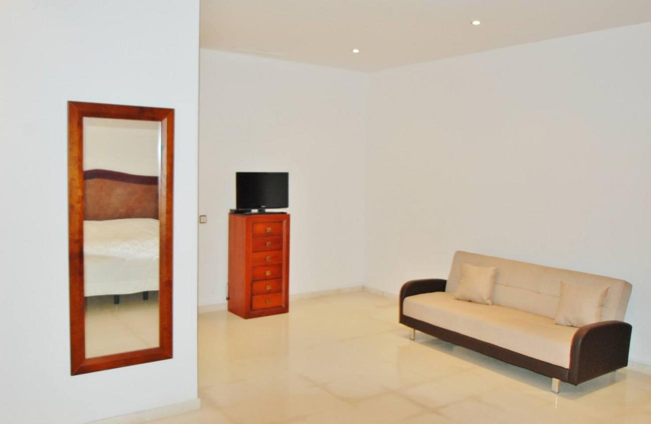 V5277 Villa Nueva Andalucia 12