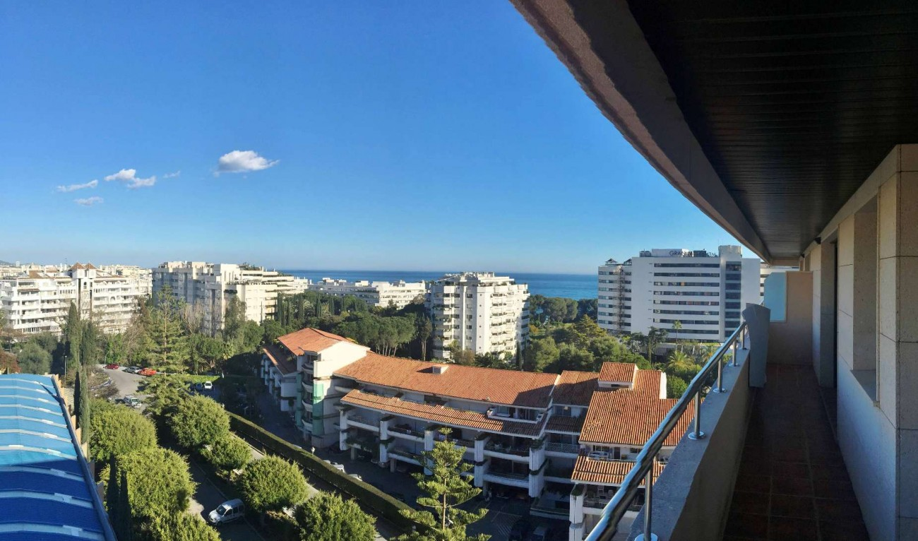 A5312 Beachside penthouse Marbella 1