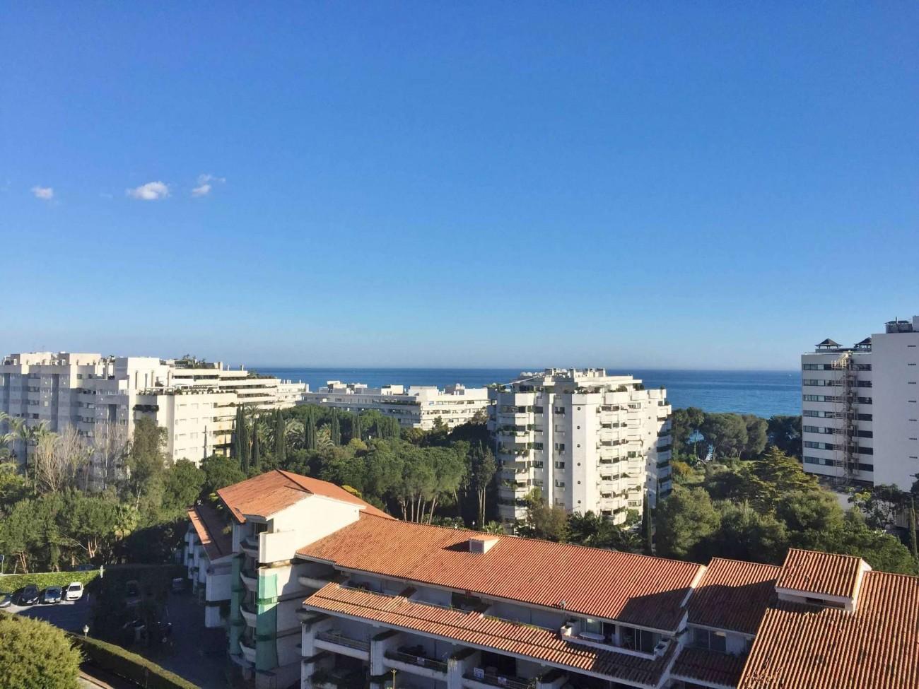 A5312 Beachside penthouse Marbella 6
