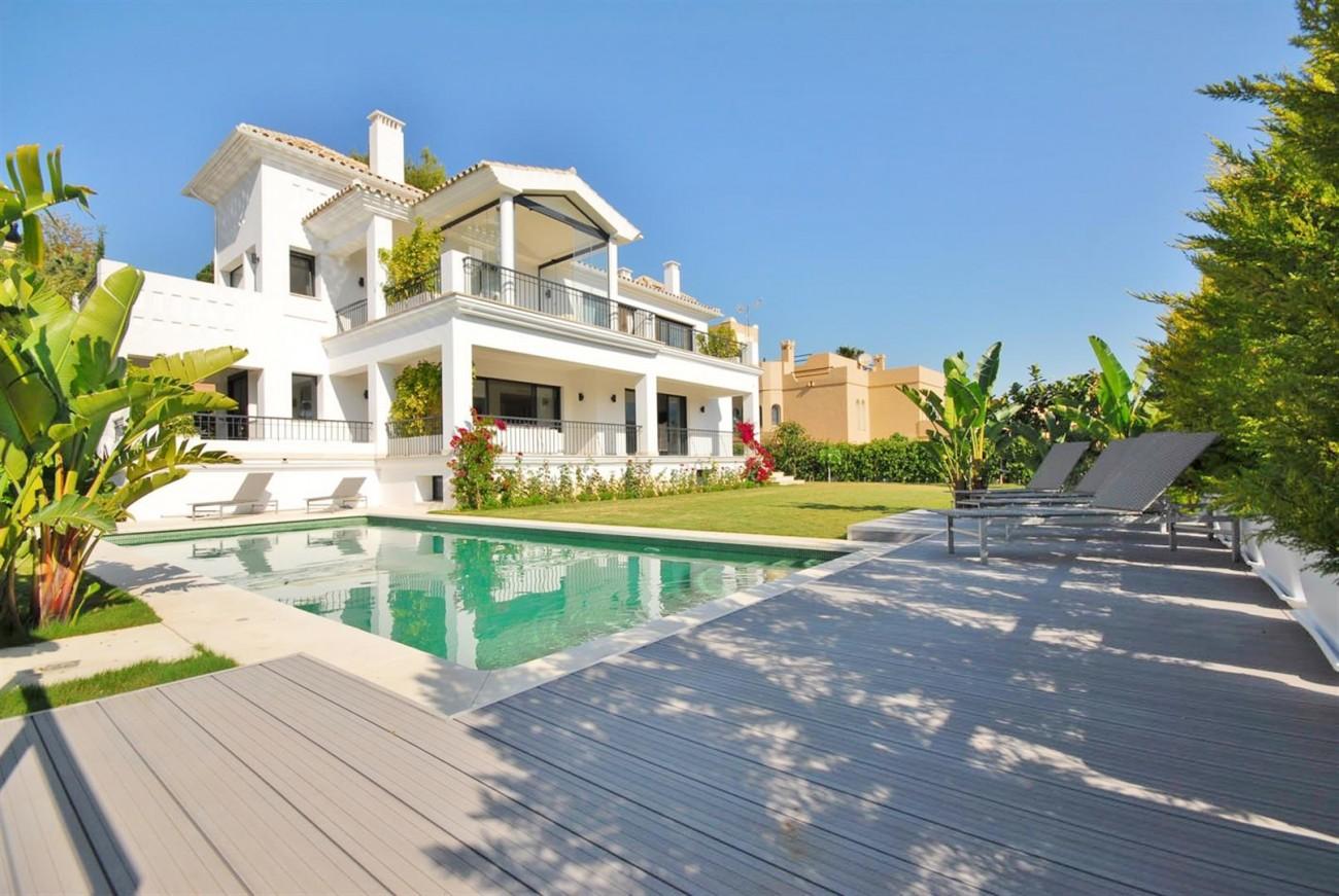 V5323 Luxury Villa Nueva Andalucia 01 (Large)
