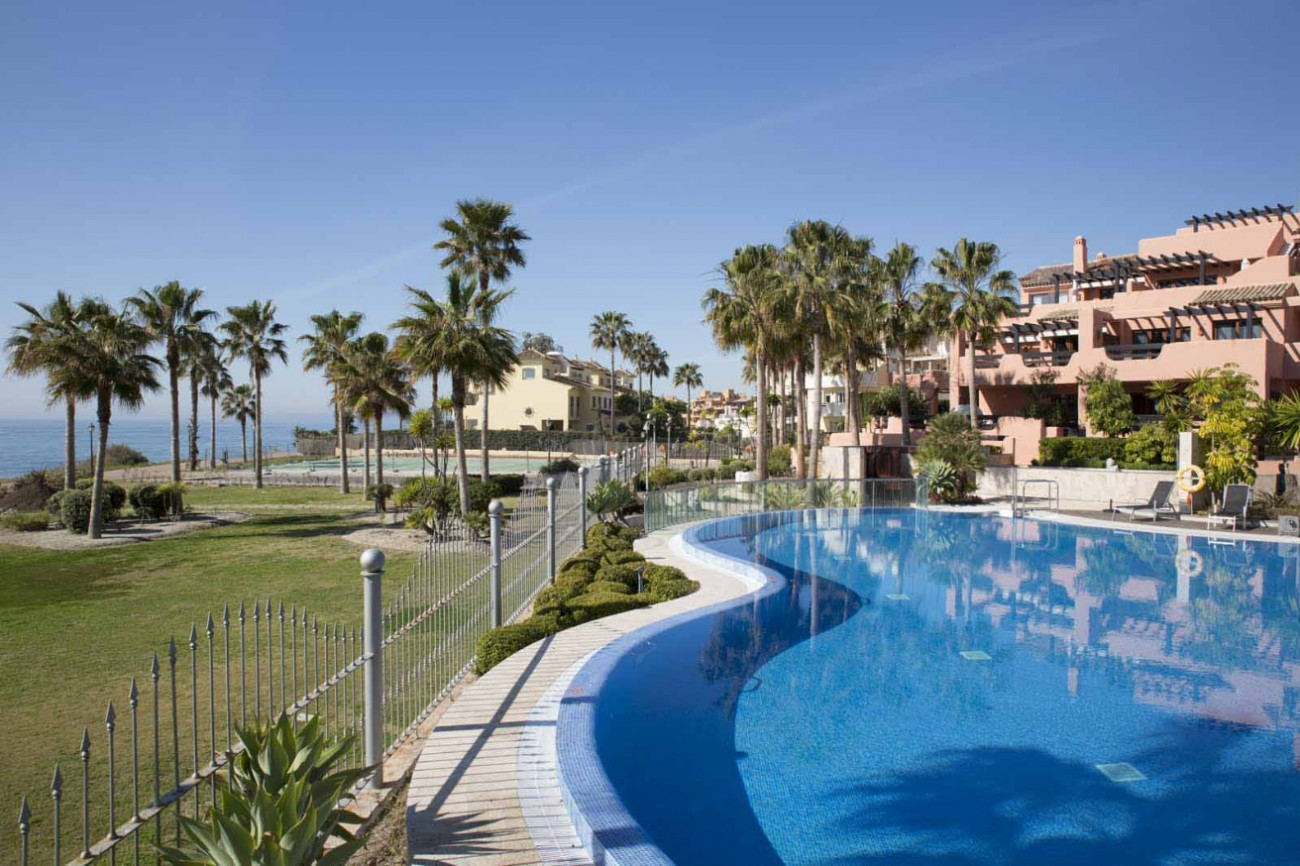 D5331 Luxury beachfront apartments 1