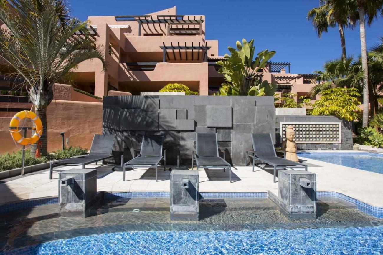 D5331 Luxury beachfront apartments 11