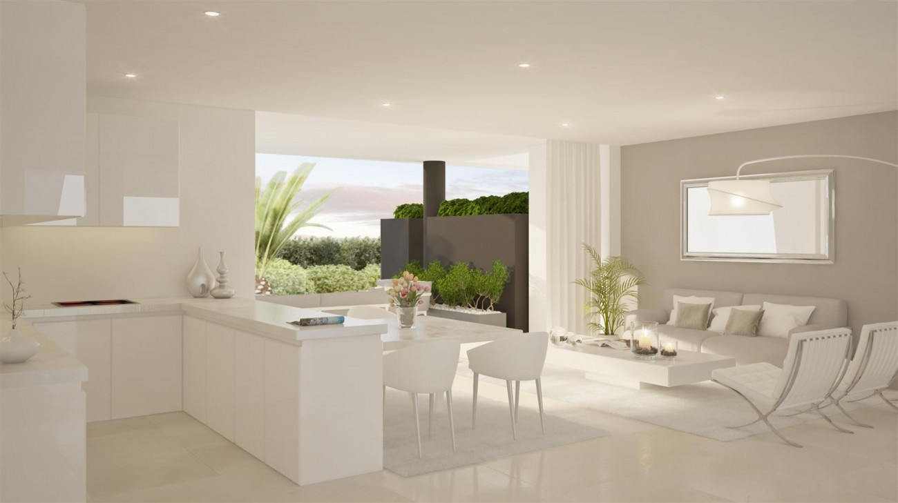 Modern Style Apartments for Sale East Marbella Spain (2) (Large)