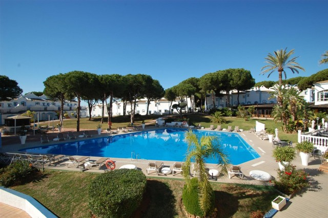 Apartment for Sale - 169.500€ - La Reserva de Marbella, Costa del Sol - Ref: 5344
