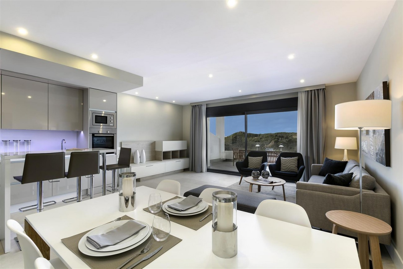 New development Apartments for sale Estepona (12) (Large)