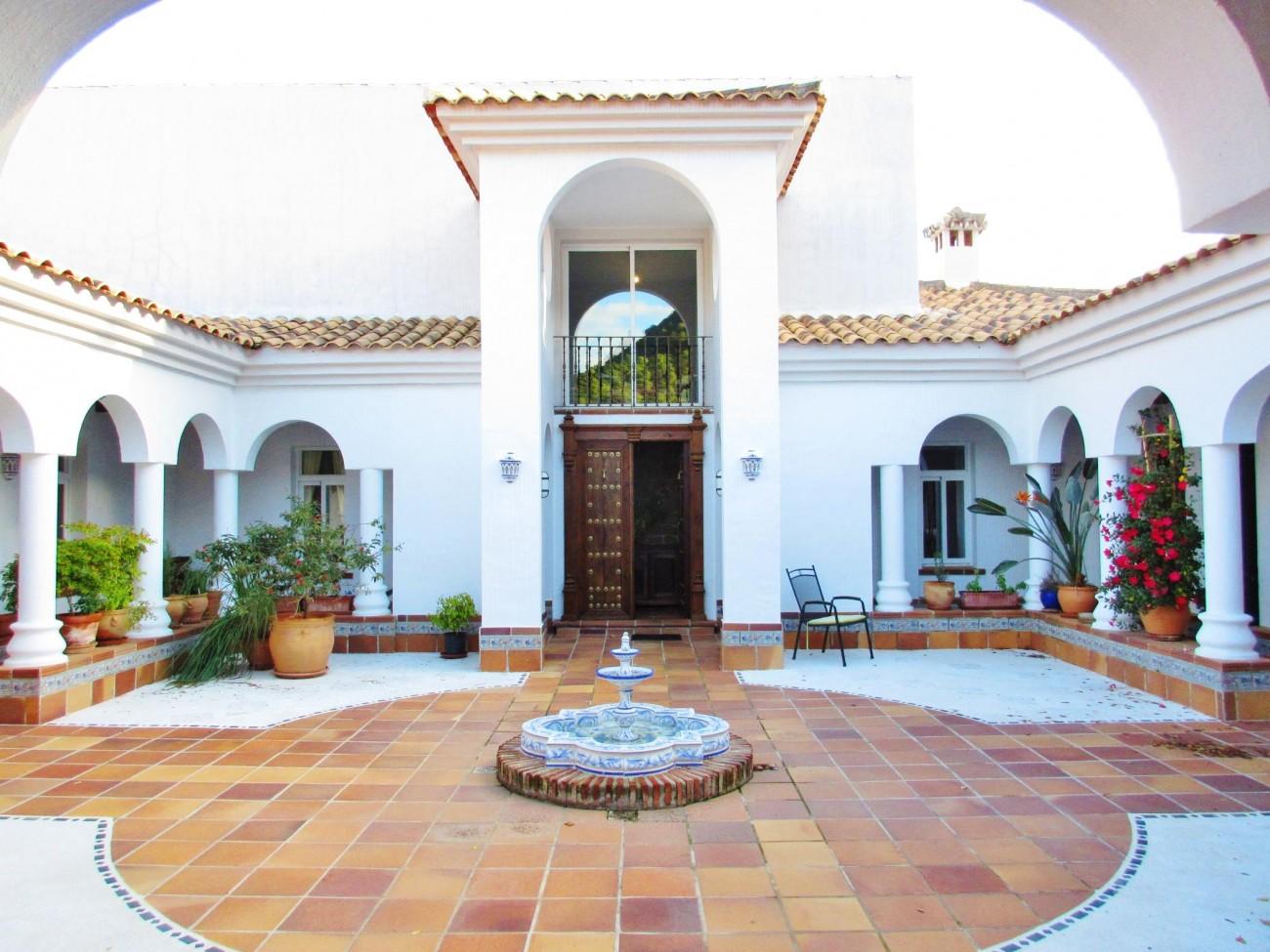 V5348 Villa Estepona 2