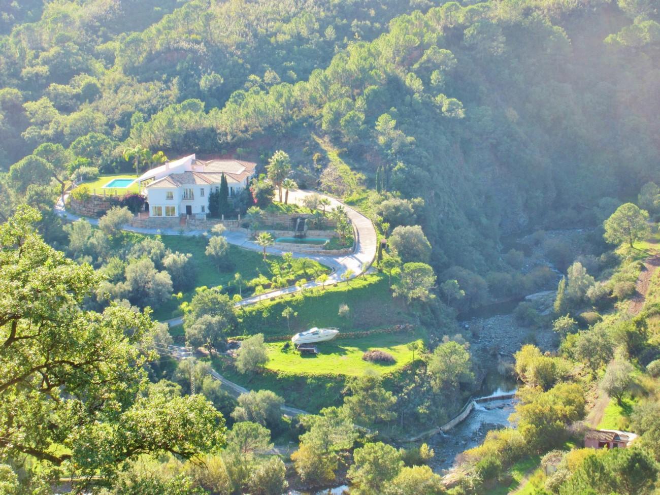 V5348 Villa Estepona 17