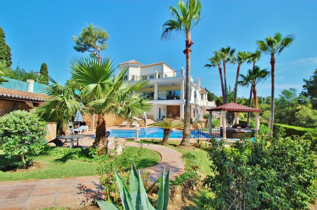 Villa for Sale - 2.280.000€ - Hacienda las Chapas, Costa del Sol - Ref: 5351