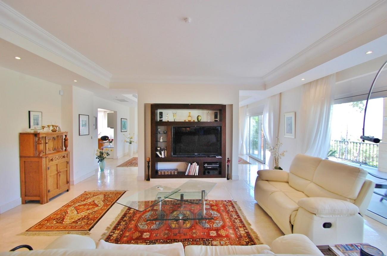 V5351 Luxury Villa Marbella 3