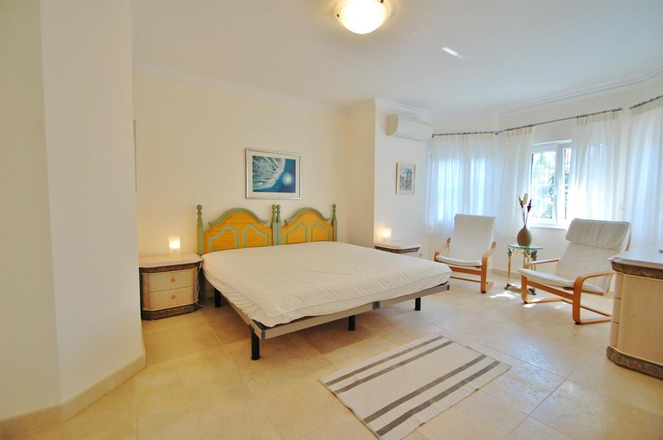 V5351 Luxury Villa Marbella 17