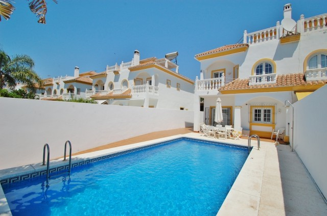Townhouse for Sale - 480.000€ - Golden Mile, Costa del Sol - Ref: 5356